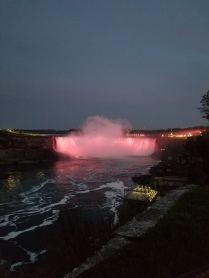 niagara falls at night canada
